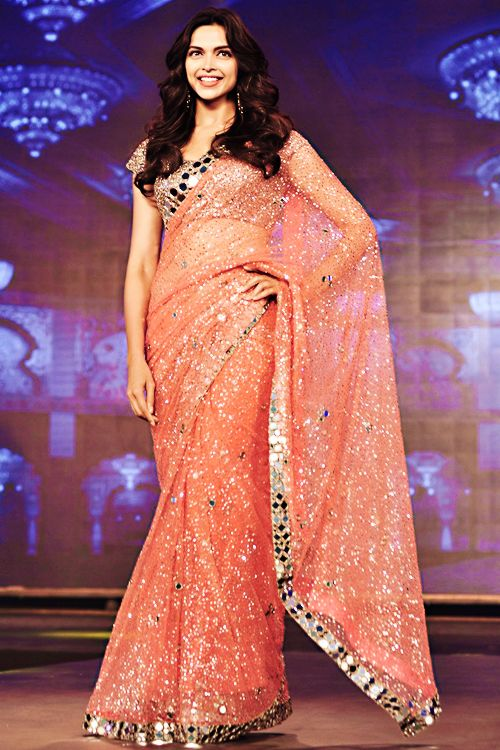 Deepika Padukone in Saree - Latest Photos ...