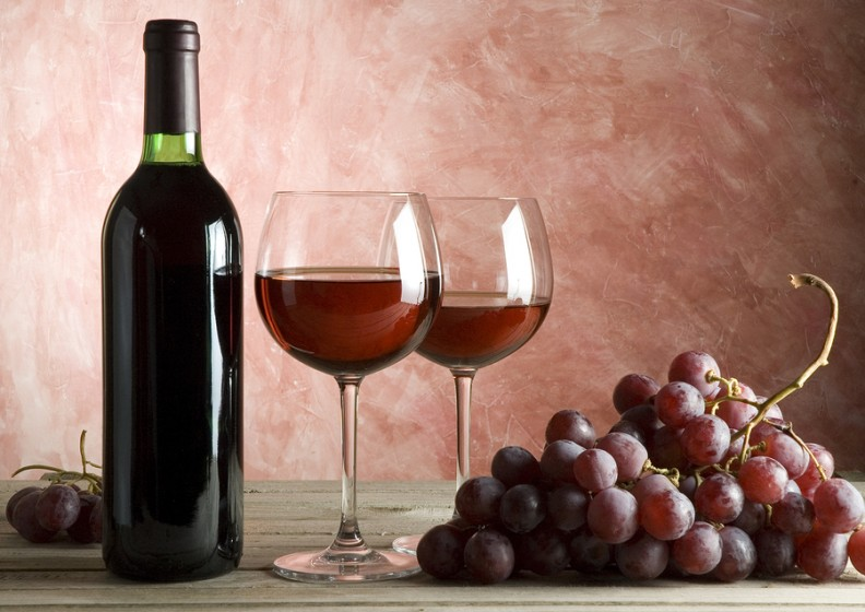 beauty-benefits-of-red-wine-anti-aging