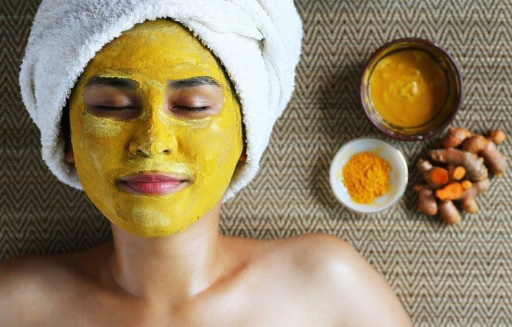skin-brightening-besan-and-turmeric