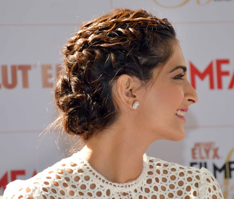 sonam-kapoor-braid-bun-hairstyle