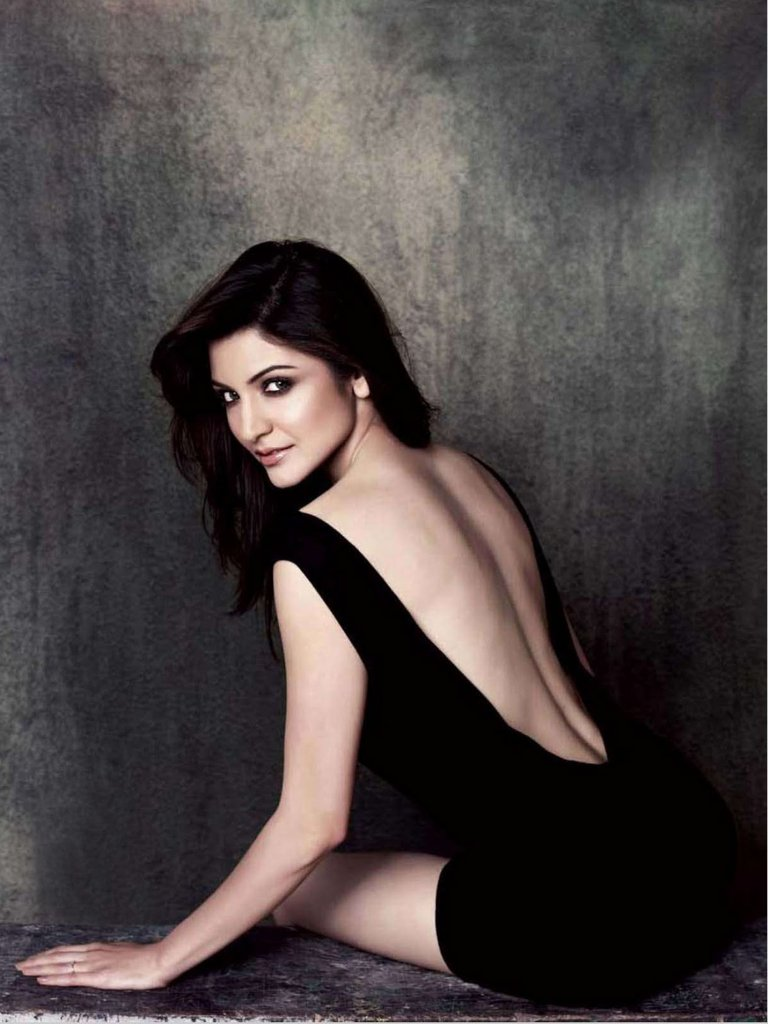 Stunning look of Anushka sharma