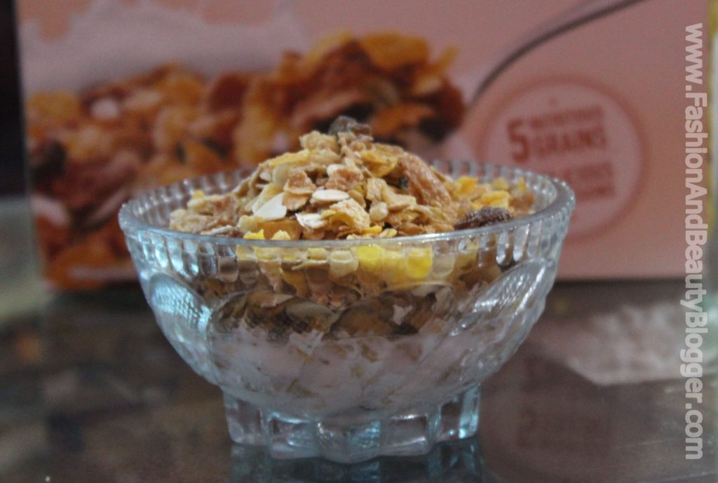 Kelloggs Muesli Nuts Delight Review (My Fav. Breakfast)